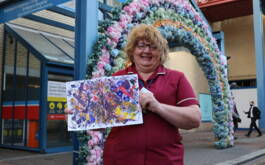 Art workshops help NHS heroes escape...