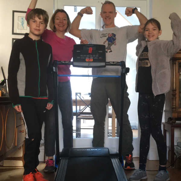 Fundraising family tackle running challenge for emergency appeal
